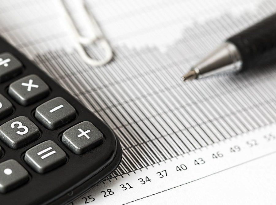 calculator-calculation-insurance-1680905